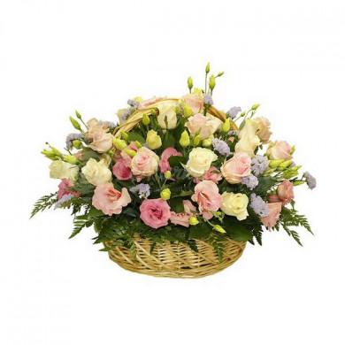 Корзина цветов «Ангел»